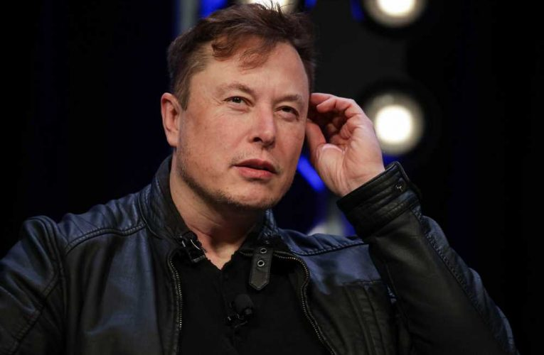 Woman with Elon Musk's old number gets texts meant for him