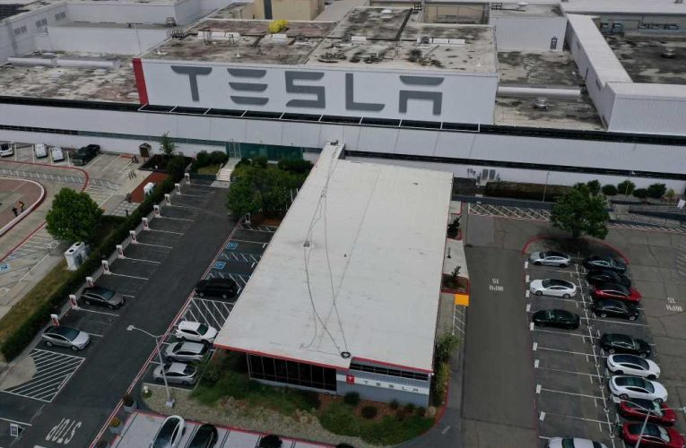 California reaches deal with Tesla to reopen factory