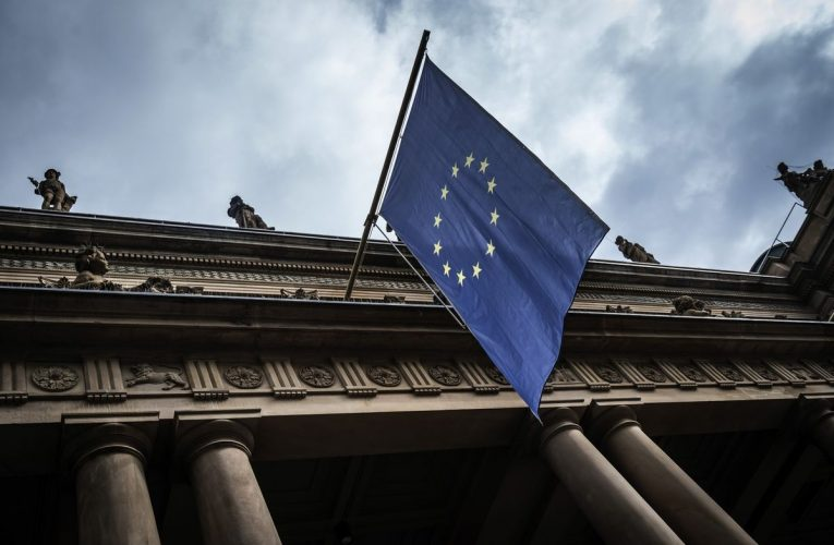 European Stocks Climb on Optimism Over Easing of Lockdown Rules