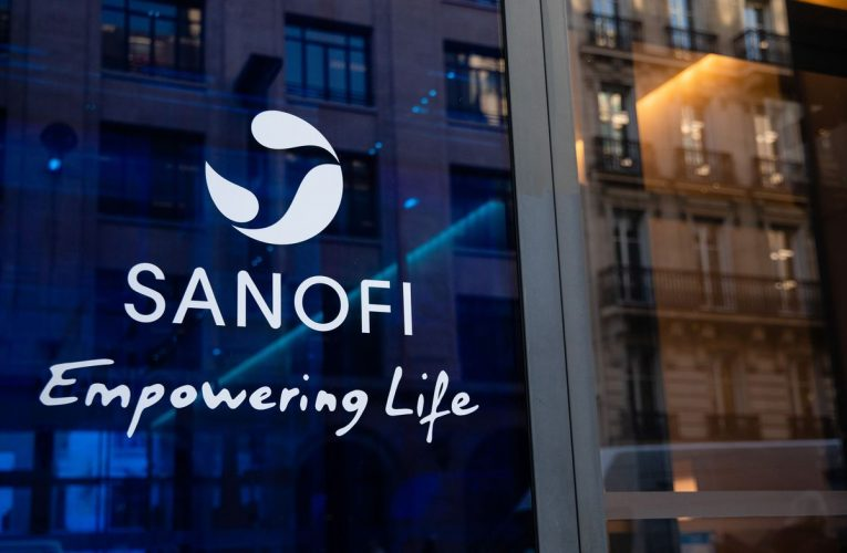 France Says 'Unacceptable' For U.S. to Get Sanofi Vaccine First