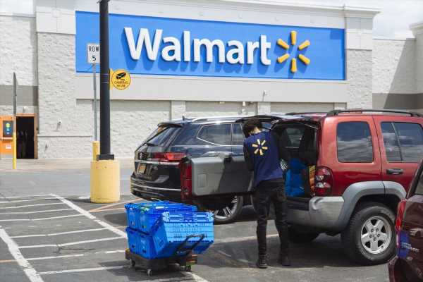 Walmart Sales Soar on Consumer Stockpiling and Shift to Online