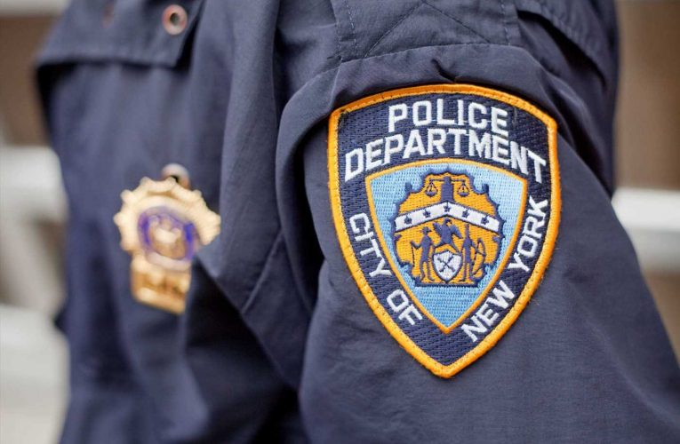 NYPD Cop Who Kneeled At Protest Apologizes To Fellow Officers