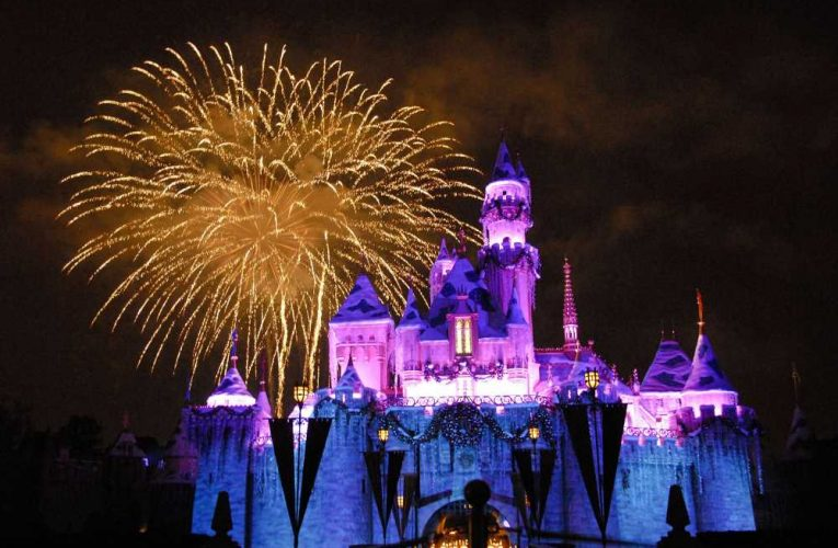 Disneyland unions push back against reopening amid pandemic