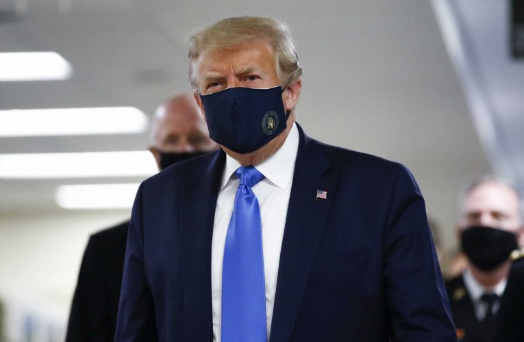 Trump wears coronavirus mask publicly for first time during visit to Walter Reed military hospital