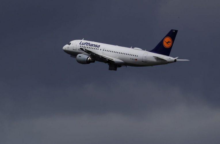 Lufthansa's Debt Priorities Mean Taking Fewer Airbus Planes