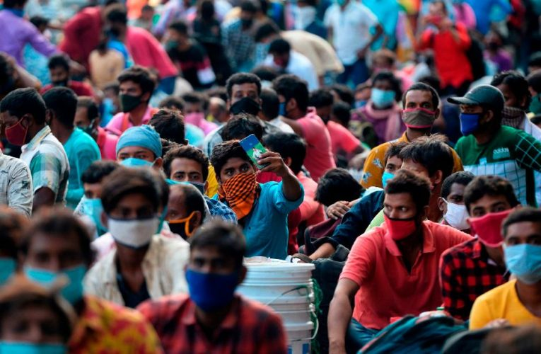 India faces challenges as country tops 1 million cases