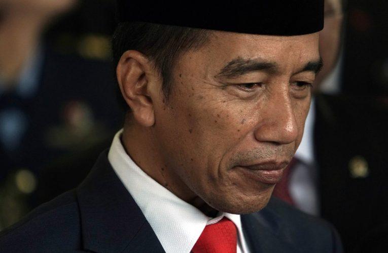 Jokowi's Economic Reboot Stumbles on Factories Shut by Outbreaks
