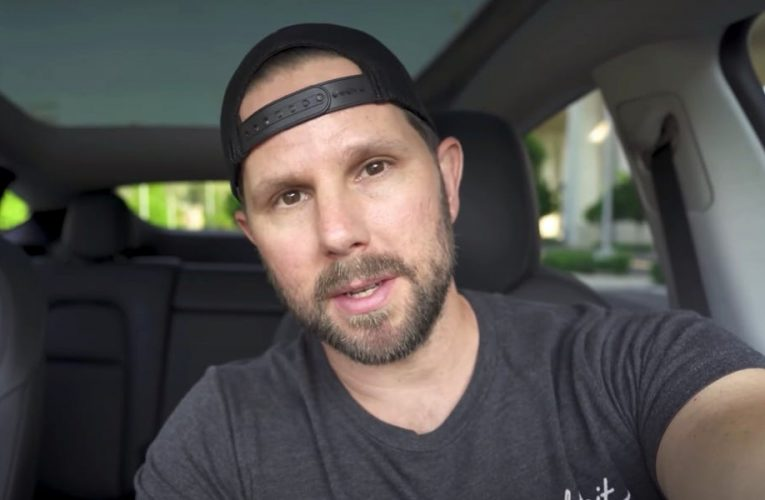 A YouTuber whose Tesla videos have over 30 million views breaks down how to create an 'information gap' with your title and thumbnail to boost your click-through rate
