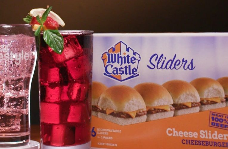 White Castle suggests cocktail pairings for its menu in a bid to win back partygoers kept at home by the pandemic
