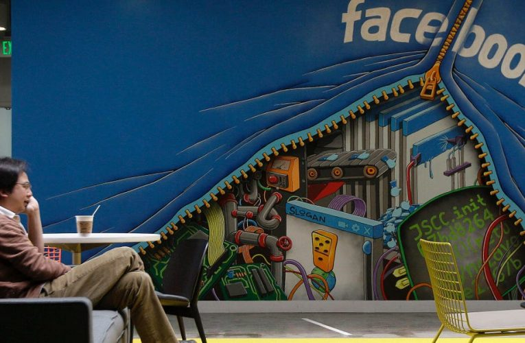 Facebook and other big tech companies say remote work is here to stay. Here's why they're snapping up huge office spaces anyhow.