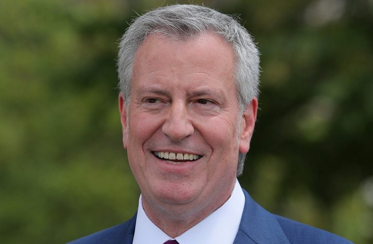 Bill de Blasio attempts to defend his wife's $1.1M salary for staff