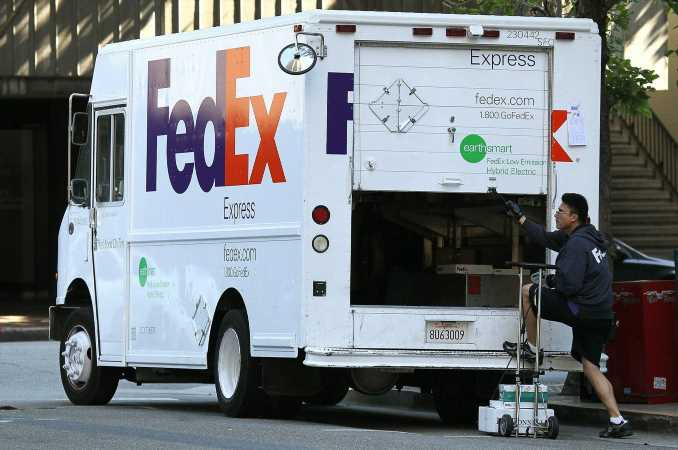 FedEx and UPS Shares Surge Amid Holiday Fee Hikes