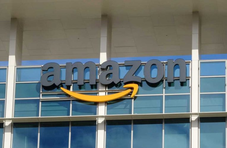 Amazon plans to open 1,500 warehouses in US suburbs
