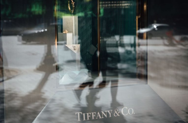 The French Wolf in Cashmere Tears Into Tiffany After Deal Sours