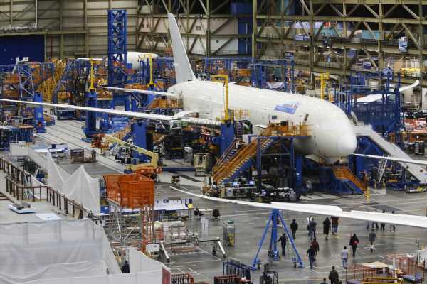 Boeing Union Girds for Battle Over Where to Build the Dreamliner