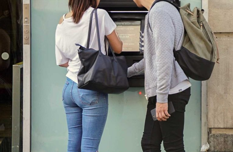 ATM fees didn't increase in 2020 for the first time in 15 years—here's why