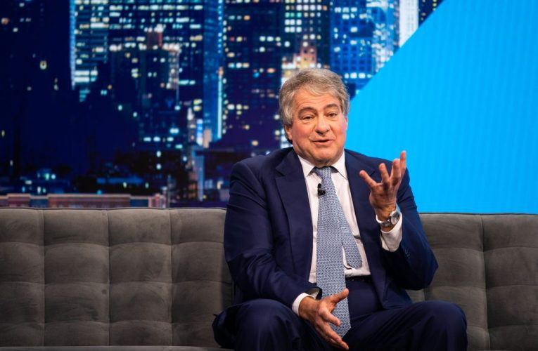 Apollo Board to Examine Leon Black's Ties to Jeffrey Epstein