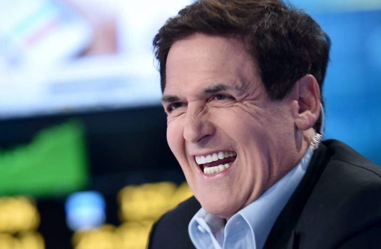 Billionaire Mark Cuban uses an investing tip called 'the knowledge advantage' to build successful businesses — here's how it works