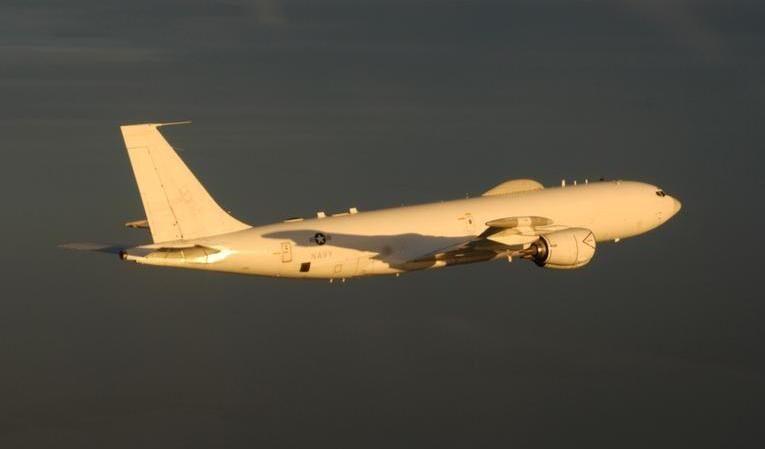 Flight of 2 Boeing E-6B Mercurys prompts online speculation