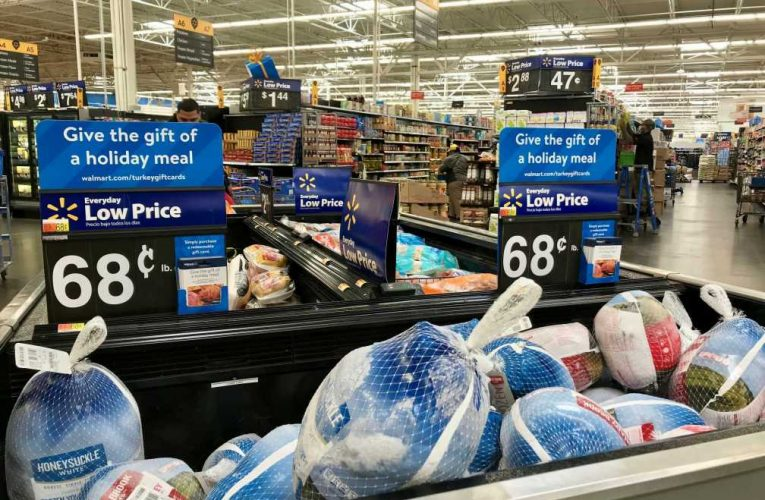 How much it costs to buy Thanksgiving dinner at Costco, Walmart and other grocery stores this year