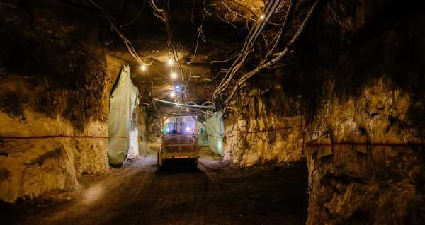 Lundin Copper Miners Reject Offer, Opt to Extend Strike in Chile