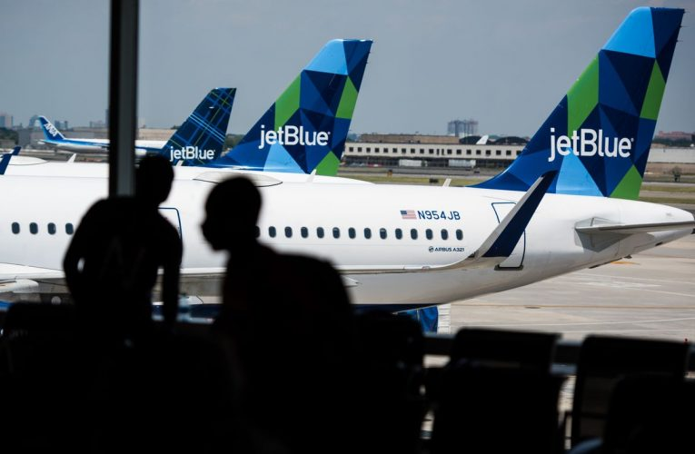 JetBlue Airways Joins Other Carriers by Opening Blocked Seats