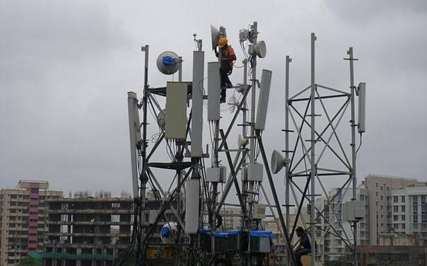 Telcos resist differential licensing, unbundling of layers; say move regressive