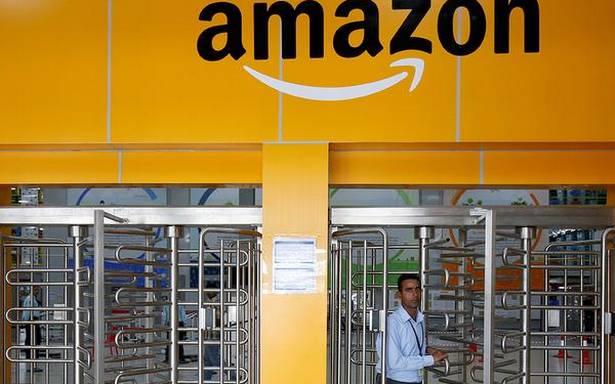 Amazon accuses Future of 'insider trading'