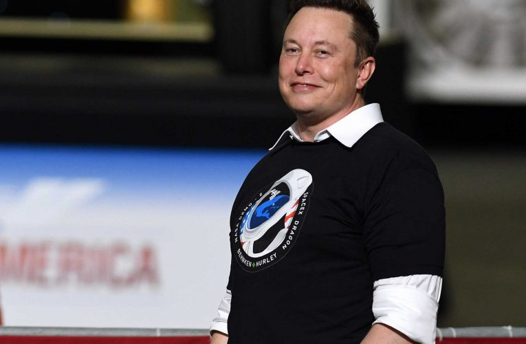 Elon Musk: Government is the 'ultimate corporation'