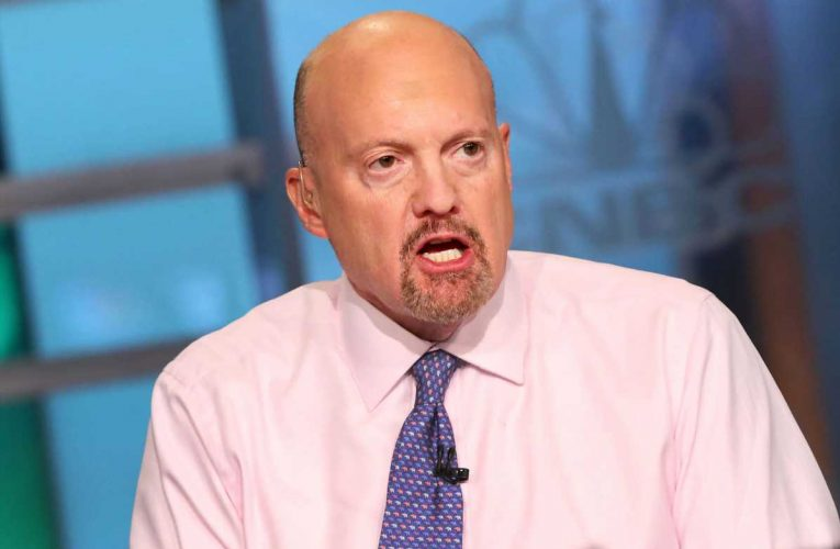 Cramer is sticking with stocks despite the new Covid strain in the U.K., sees many doing well