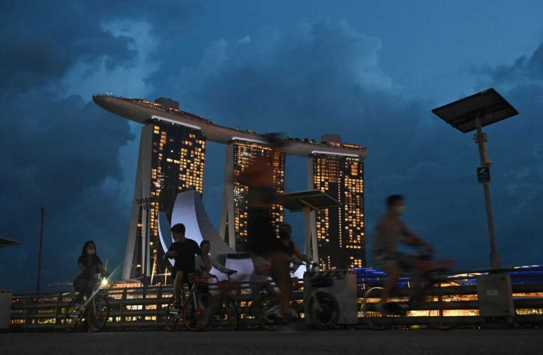 Britain signs free trade deal with Singapore as it prepares to end transition out of EU