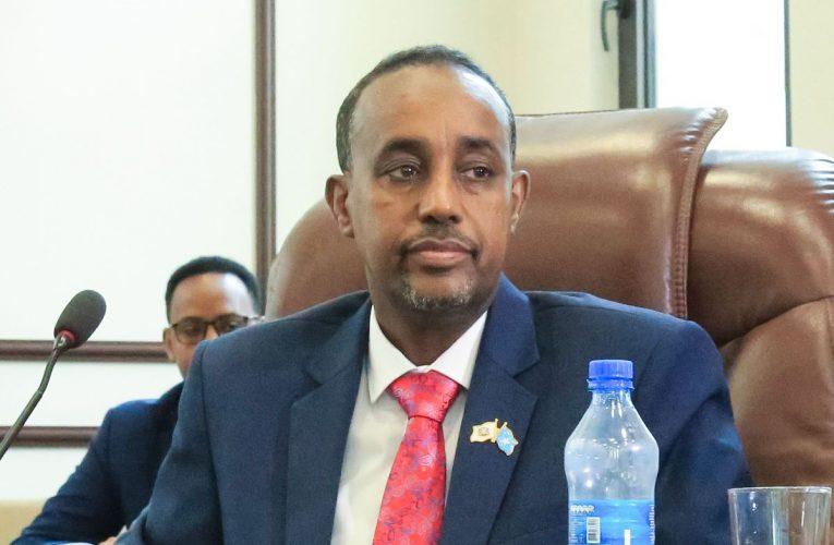 Suicide Bomber Kills 14 in Attack Aimed at Somali Prime Minister