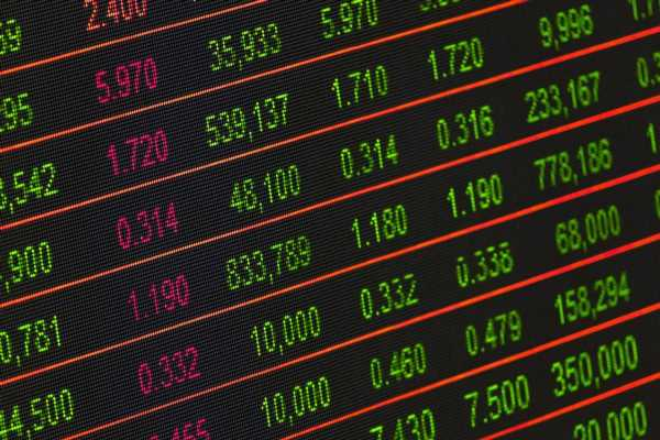COVID-19 vaccine: Don't rush to buy logistics stocks