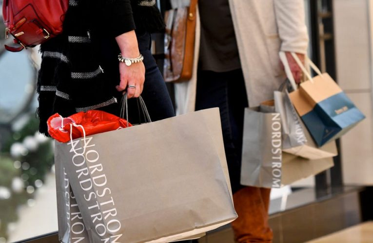 Amex, Citi, and other banks let you pay off big purchases over time for a fee — but make sure you do the math before you splurge on holiday shopping
