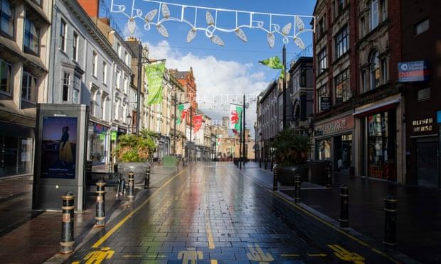 UK retail sales dip in November as lockdown batters high street