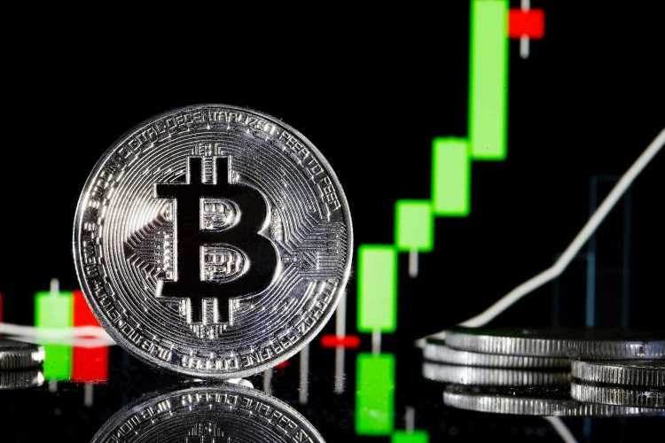 Cryptocurrency traders could 'lose all their money,' UK watchdog warns