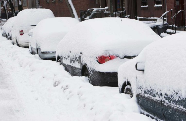 Leaving snow or ice blocking your number plate could land you a £1,000 fine