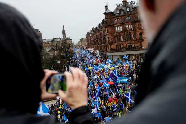 Scotland's Leader Wants to Force Legal Independence Vote