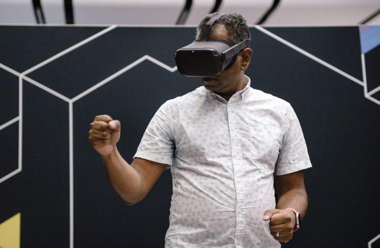 Apple's First Headsetto Be Niche Precursor to Eventual AR Glasses