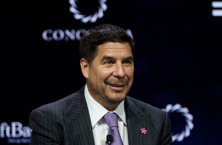 Softbank will invest $100 million to make Miami a new tech hub