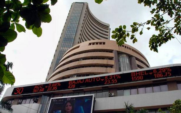 Sensex tumbles 531 pts; energy, I.T. stocks play spoilsport