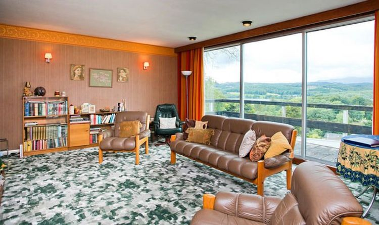 Original sixties pad that hasn't been decorated since it was built for sale