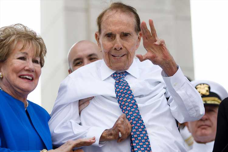 Bob Dole Has Stage 4 Lung Cancer and Will Start Treatment Next Week: 'I Have Some Hurdles Ahead'