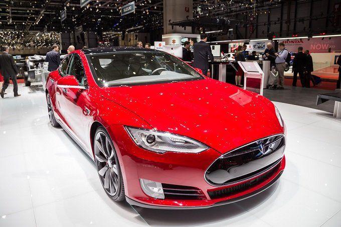 Tesla (TSLA) Lowers Prices