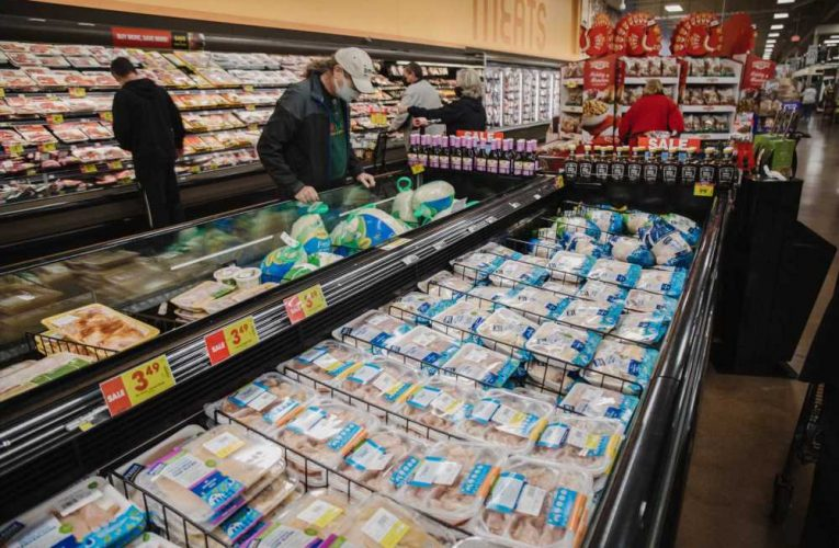 Kroger looks to make online grocery orders more profitable, double digital sales by end of 2023