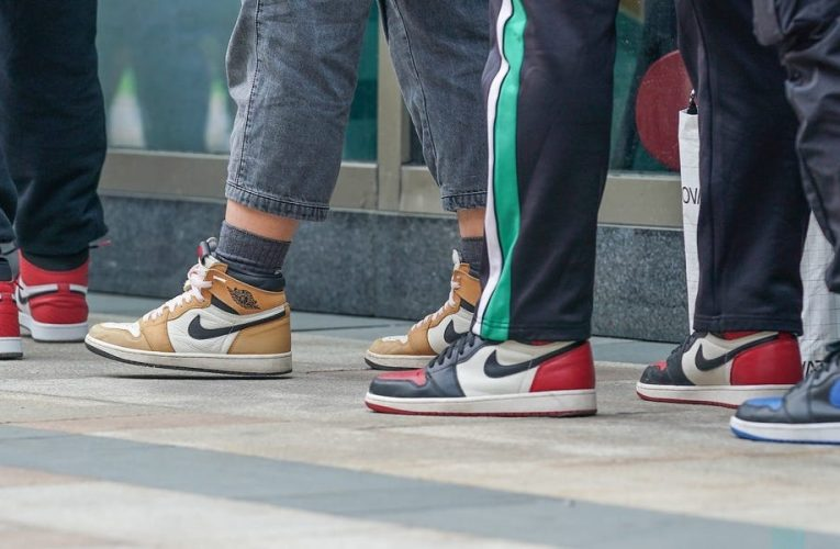 Nike is facing a reckoning with resale culture after a top exec resigned. But insiders say the company has 'turned a blind eye' to the shady industry for years.