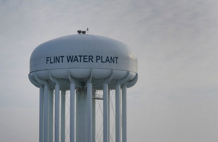 Lawyers seeking 32% of $641M Flint tainted water settlement