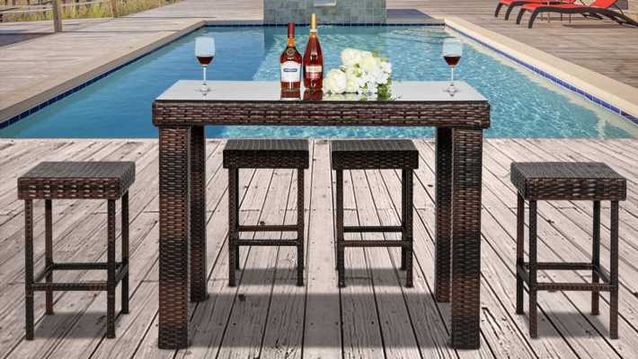 Patio furniture galore is on sale right now at Walmart—shop all the best pieces