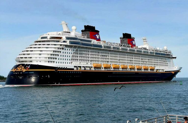 Disney cancels US cruises through end of June