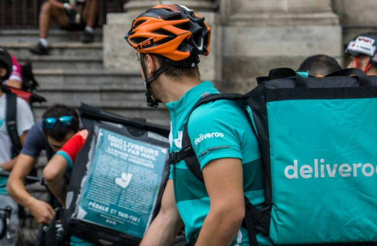 Hundreds of Deliveroo riders in the UK are striking on its first day of full trading over pay and working conditions